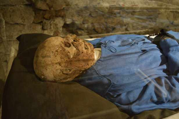 Mummies of Vác lostlara.com